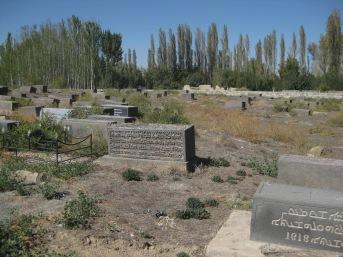Graveyard Khosrowa (c) MvdB