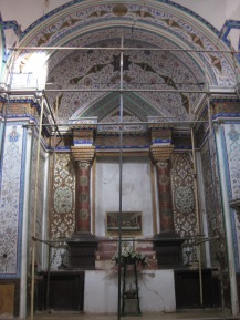 Altar area Dominican church in Julfa, Isafahan (c) MvdB
